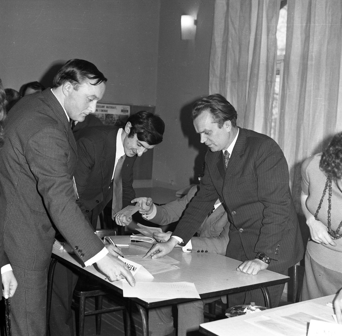 Spotkanie partyjne, 1974 r. [5]