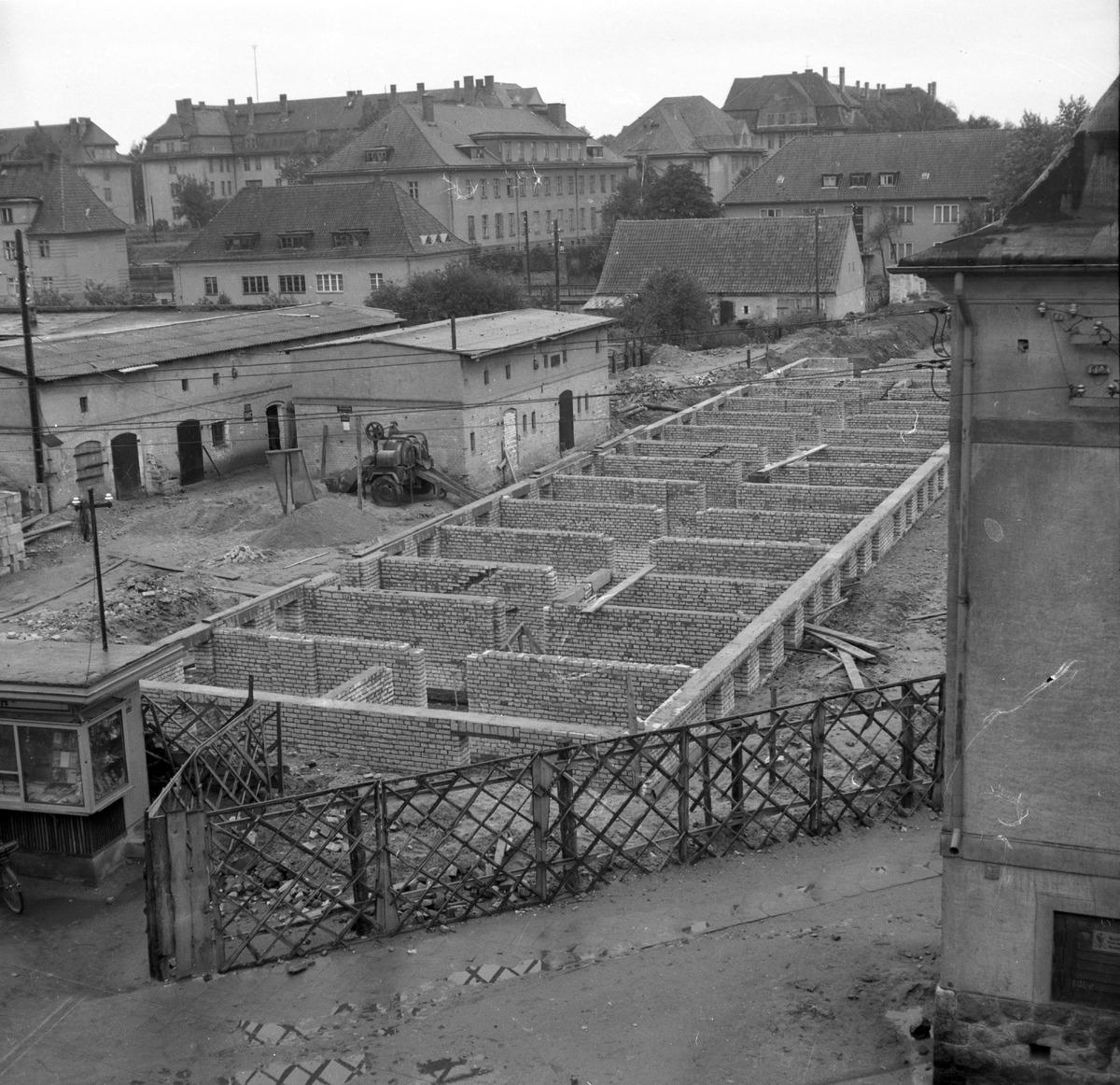Blok przy ul. Kościuszki w budowie [1]