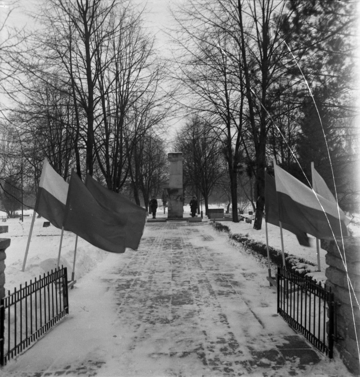 Uroczystość na cmentarzu żołnierzy radzieckich [1]