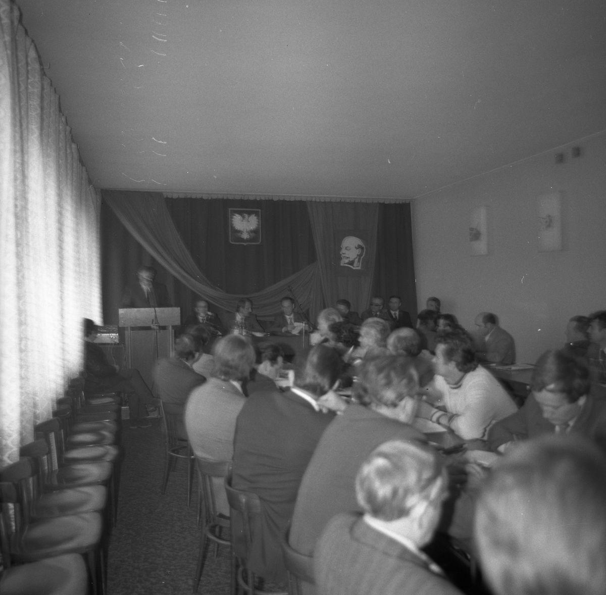 Wizyta konsula ZSRR w siedzibie KM PZPR [9]