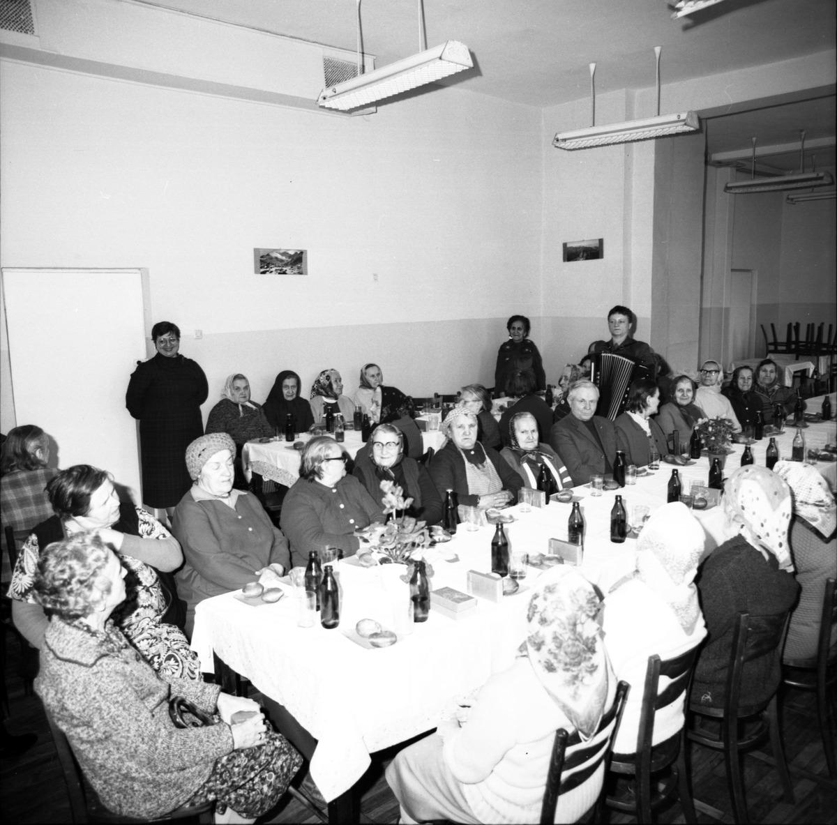 Obchody Dnia Seniora, 1986 r. [5]