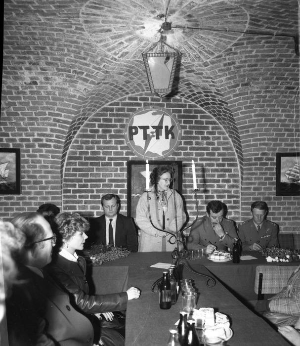 Spotkanie w klubie Fosa [11]