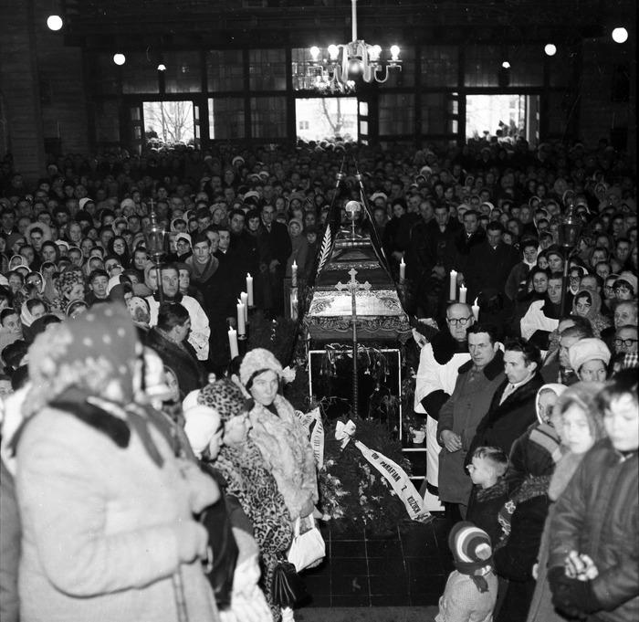 Pogrzeb ks. Władysława Dadasa, 1972 r. [12]