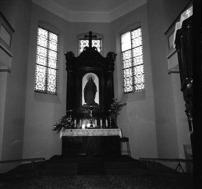 Ołtarz kościoła ewangelickiego [3]