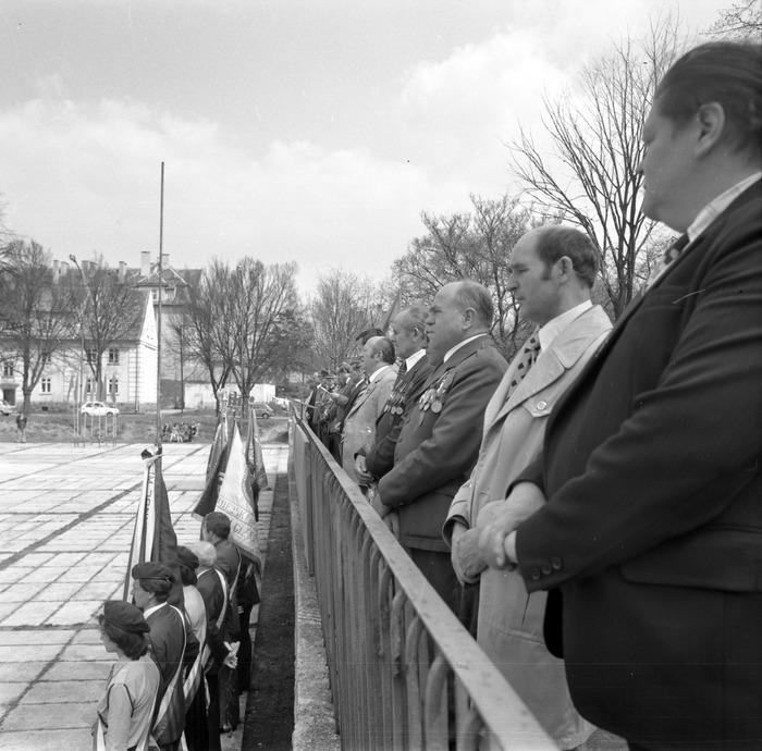 Uroczystość odsłonięcia pomnika żołnierzy radzieckich [10]