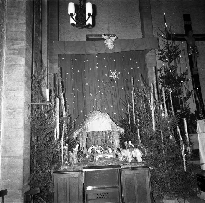 Szopka Bożonarodzeniowa w kościele św. Brunona, 1970 r. [1]