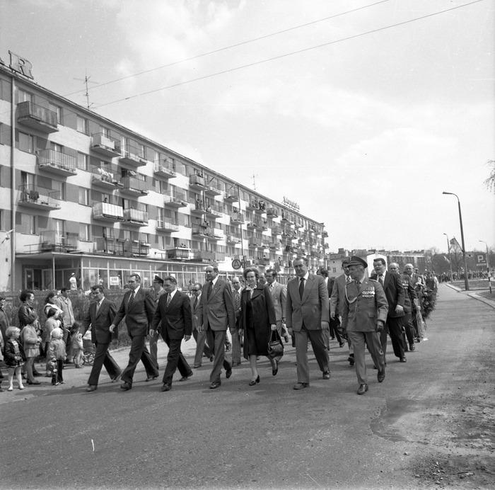 Uroczystość odsłonięcia pomnika żołnierzy radzieckich [15]