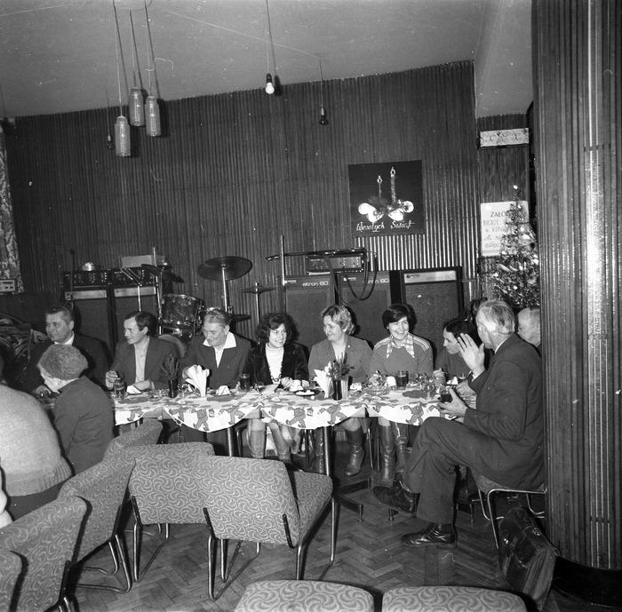 Spotkanie seniorów w kawiarni Ekran w Giżycku [4]