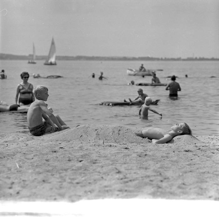 Kąpielisko Borowo [6]