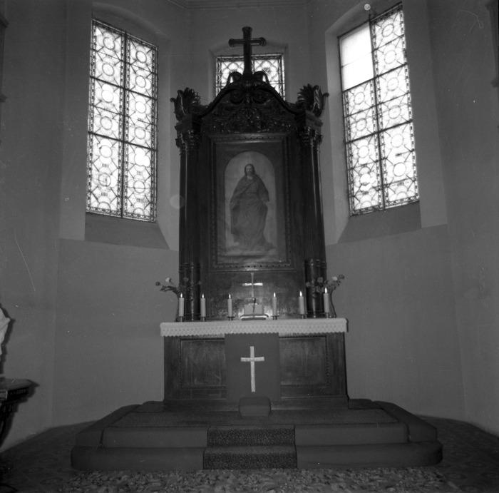 Ołtarz kościoła ewangelickiego [1]