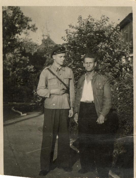 Żołnierze 7. Pułku Bombowców Nurkujących [16]