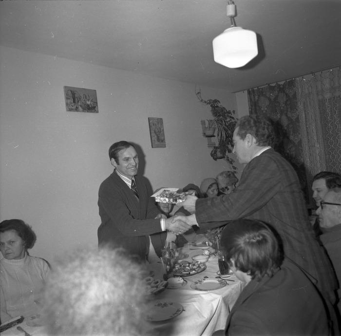 Spotkanie w klubie osiedlowym [3]