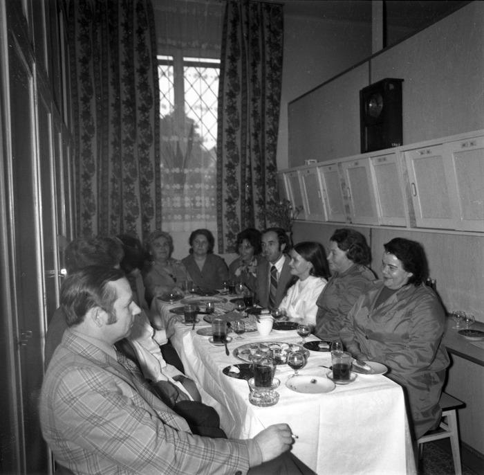Spotkanie pracowników apteki [4]