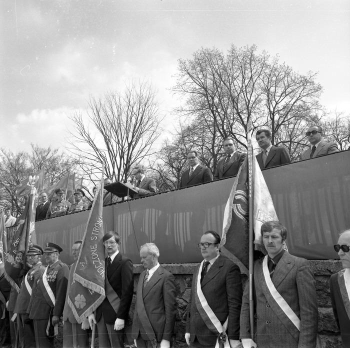 Uroczystość odsłonięcia pomnika żołnierzy radzieckich [7]