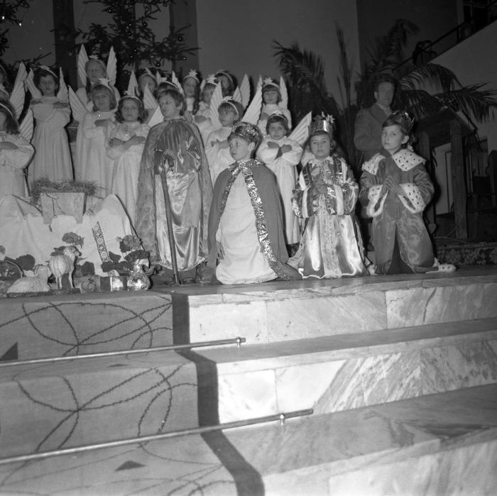 Jasełka w kościele św. Brunona,1977 r. [8]