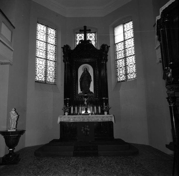 Ołtarz kościoła ewangelickiego [6]