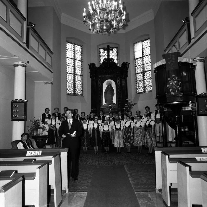 Występ śląskiego chóru w kościele ewangelickcim [17]