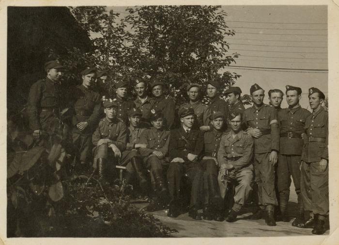 Żołnierze 7. Pułku Bombowców Nurkujących [10]