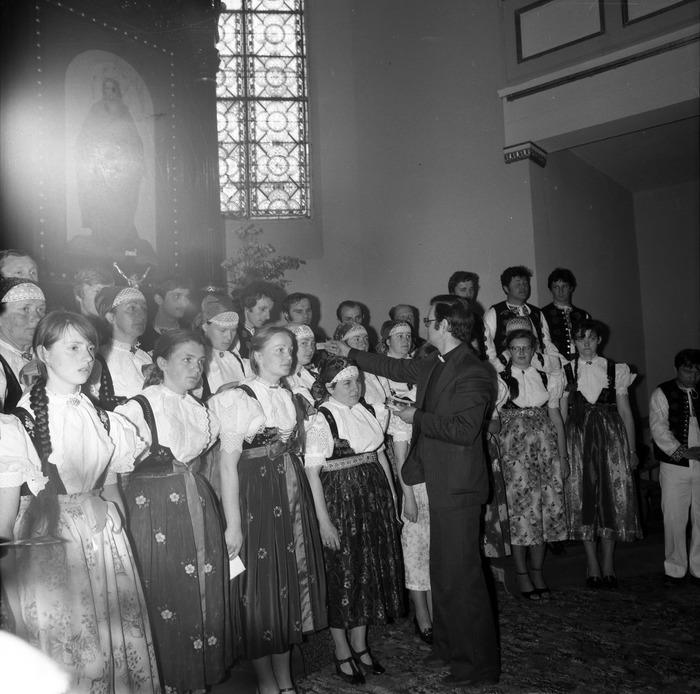 Występ śląskiego chóru w kościele ewangelickcim [4]