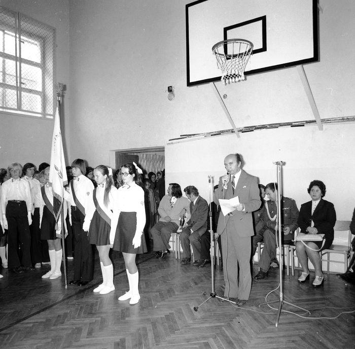 Święto Szkoły w SP nr 4, 1975 r. [11]