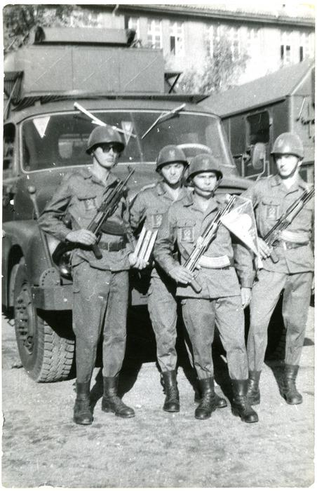 Jednostka wojskowa [8]