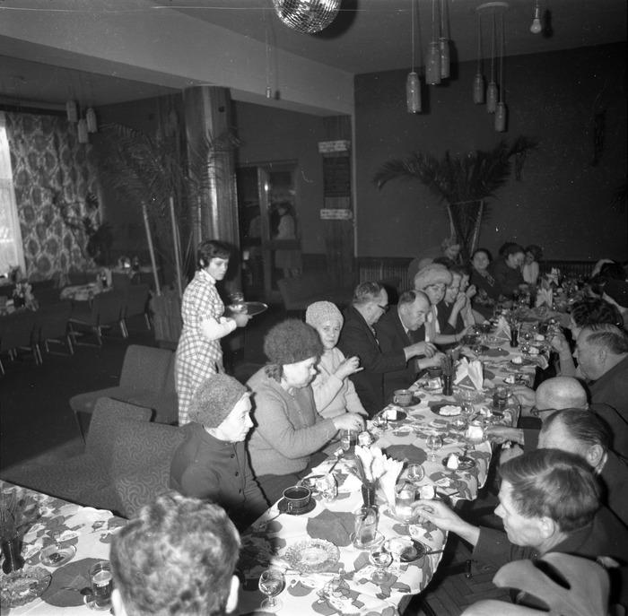 Spotkanie seniorów w kawiarni Ekran w Giżycku [8]
