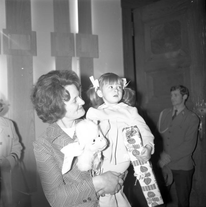 Chrzest cywilny, 1976 r. [21]
