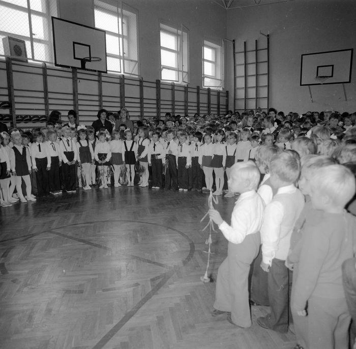 Święto Szkoły w SP nr 4, 1975 r. [6]