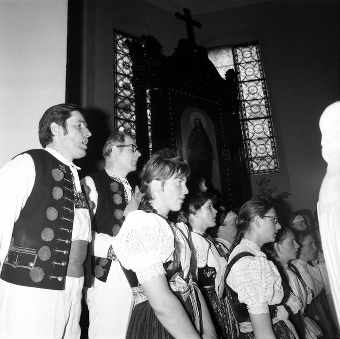 Występ śląskiego chóru w kościele ewangelickcim [23]