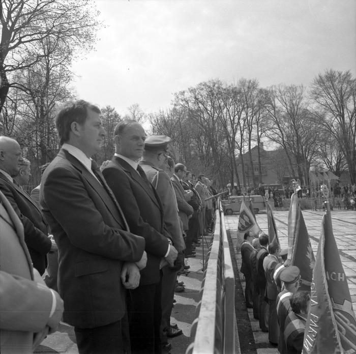 Uroczystość odsłonięcia pomnika żołnierzy radzieckich [11]
