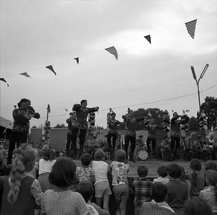 Zespół Pieśni i Tańca Armii Radzieckiej [56]