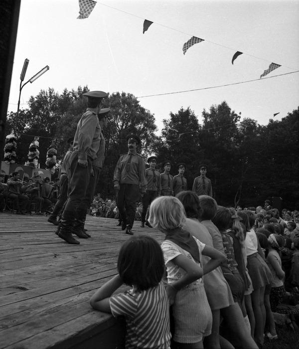 Zespół Pieśni i Tańca Armii Radzieckiej [24]