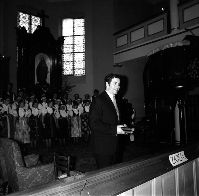 Występ śląskiego chóru w kościele ewangelickcim [5]