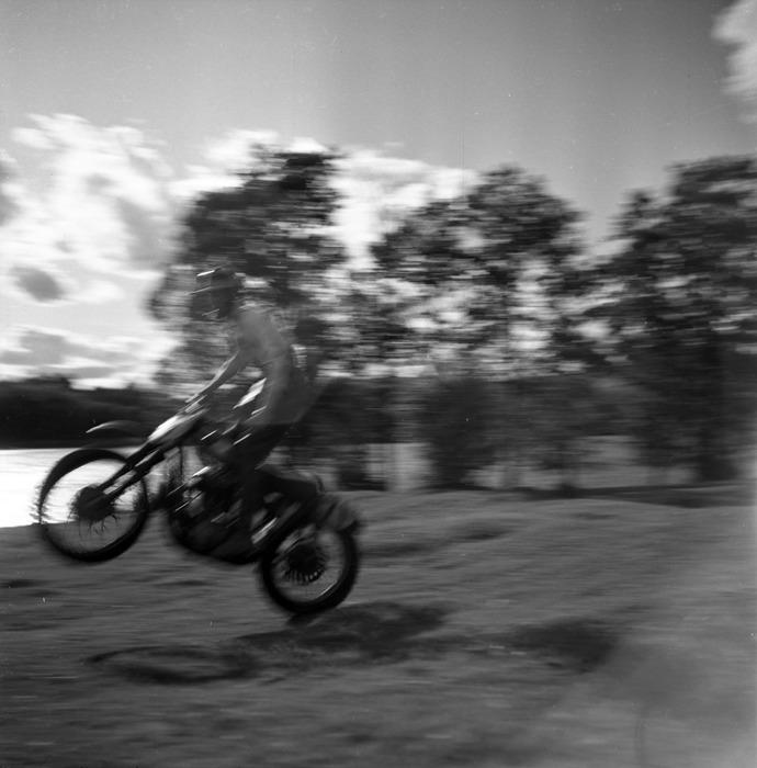 Zawody motocrossowe, 1964 r. [28]