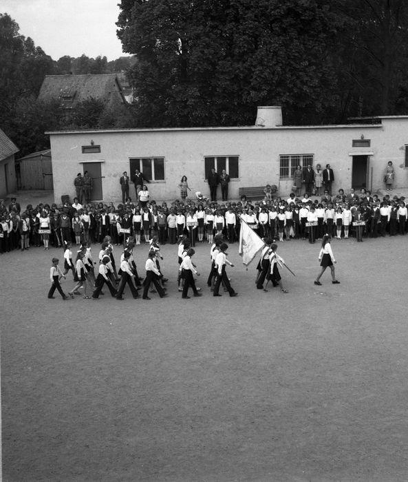 Zakończenie roku w SP nr 2, 1975 r. [43]