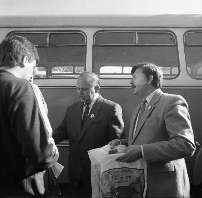 Wizyta delegacji z Giżycka w Trokach, 1987 r. [42]