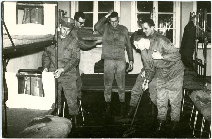 Jednostka wojskowa [3]