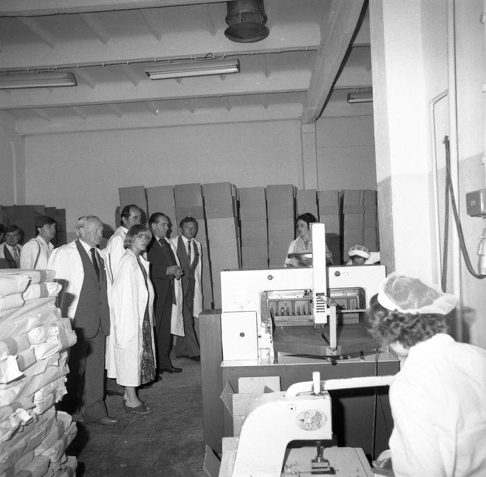 Zwiedzanie Zakładu z okazji 25-lecia, 1983 r. [30]