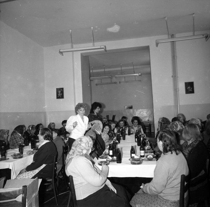 Dzień Kobiet w DPS, 1988 r. [13]