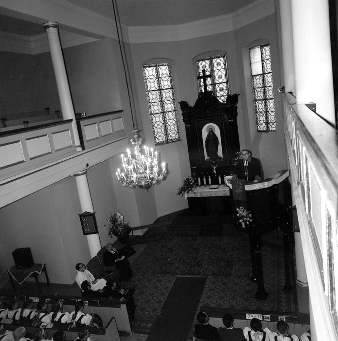 Nabożeństwo w kościele ewangelickim [2]