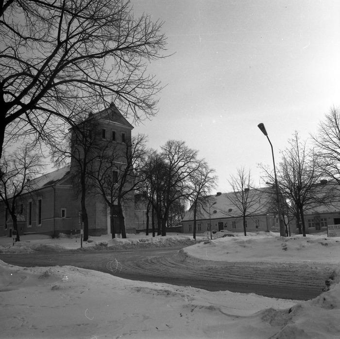 Kościół ewangelicki zimą [7]