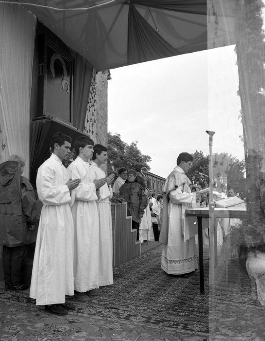 Ołtarz nabożeństwa peregrynacyjnego [8]