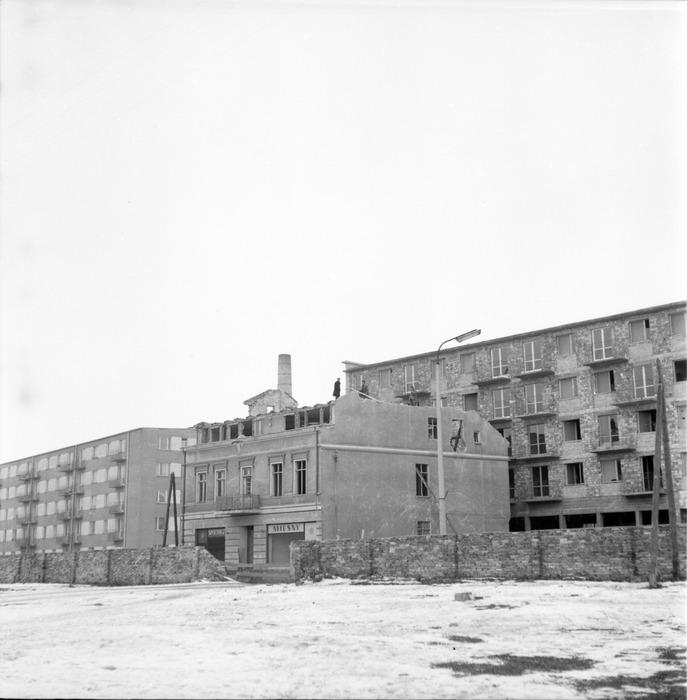 Rozbiórka przy ul. Obrońców Stalingradu [2]