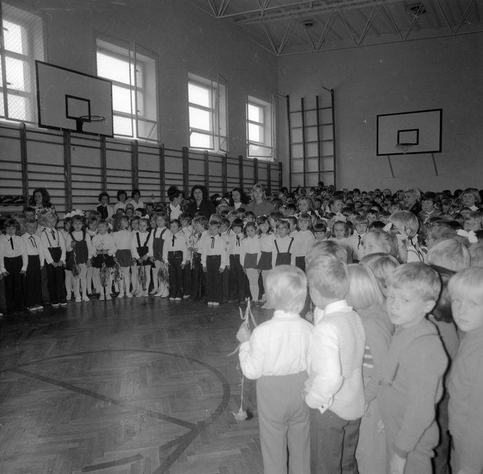 Święto Szkoły w SP nr 4, 1975 r. [10]