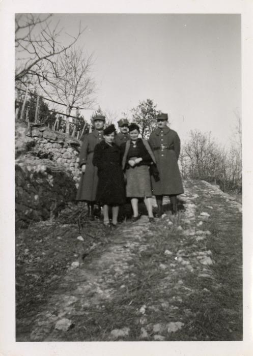 Maria Cichosz podczas internowania na Węgrzech [10]