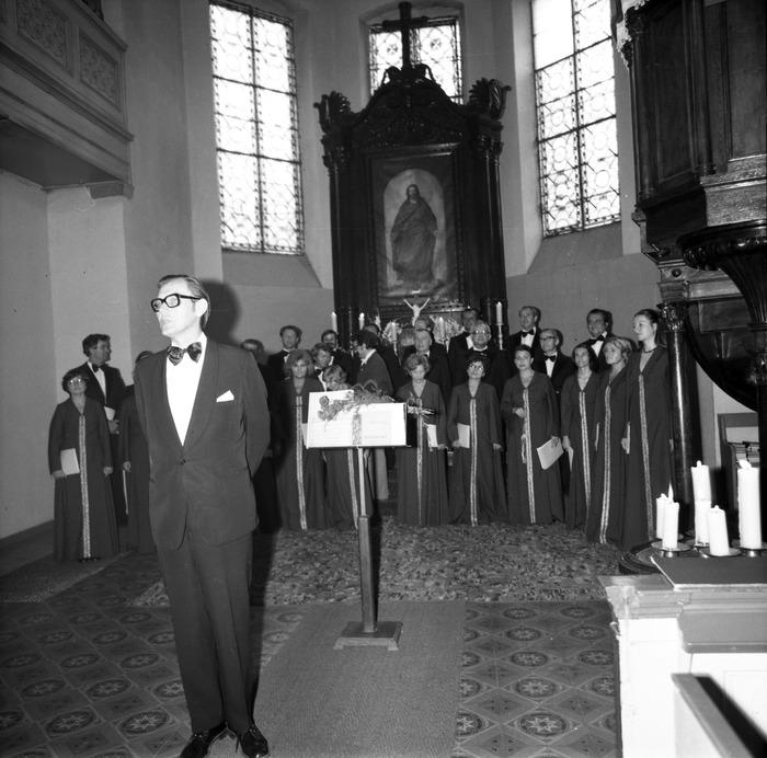 Występ chóru w kościele ewangelickim [5]