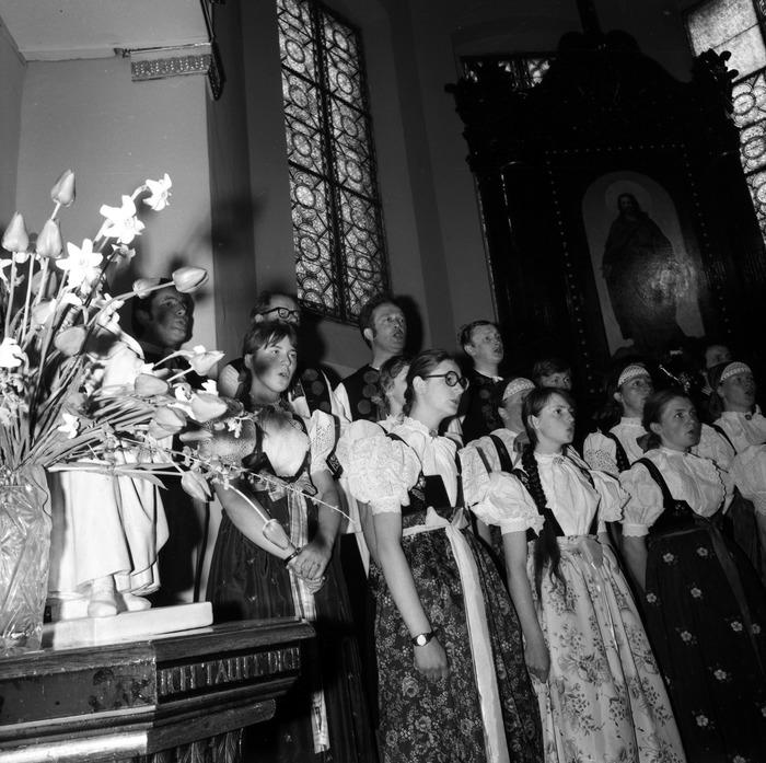 Występ śląskiego chóru w kościele ewangelickcim [20]