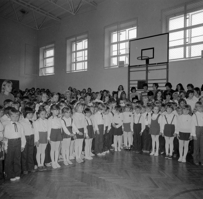 Święto Szkoły w SP nr 4, 1975 r. [12]