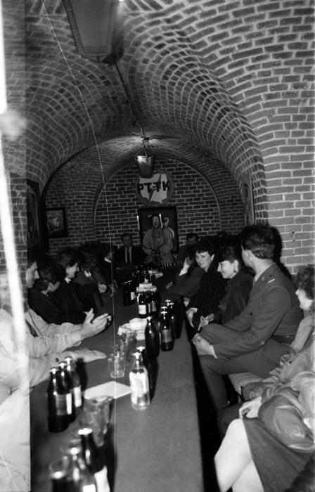 Spotkanie w klubie Fosa [12]