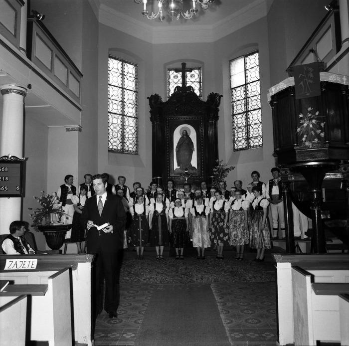 Występ śląskiego chóru w kościele ewangelickcim [18]